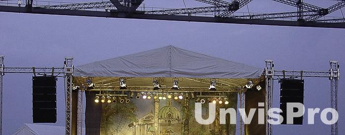 Акустика для шоу: поставщик компания Унвис-Про - линейные звук для концертов и шоу