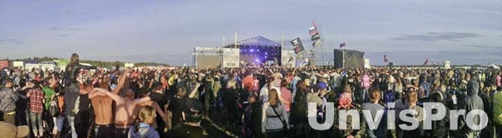 Концертная акустика на фестивале Остров