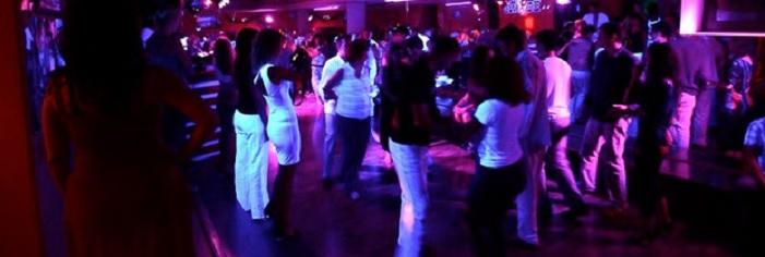 поставка светового и звукового оборудования для ночных танцевальных баров