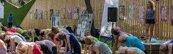 Звуковое оборудование для «йоги на полянке»
