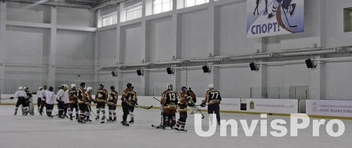 озвучивание хоккейной площадки